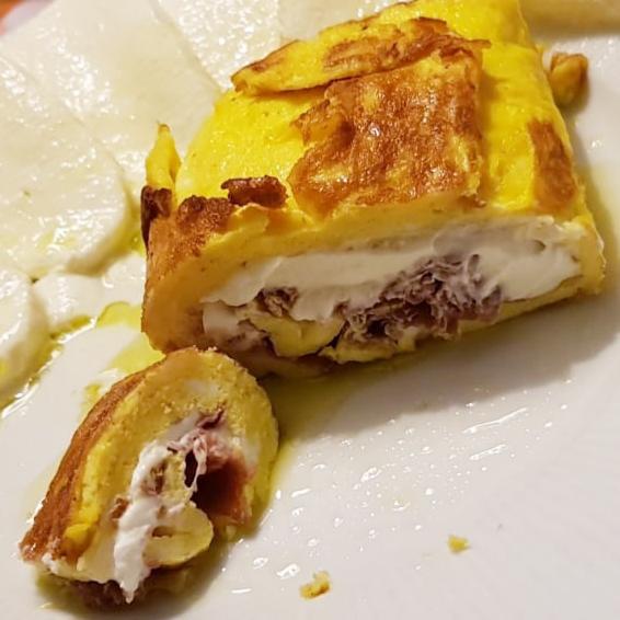 Omelette di bresaola e philadelphia